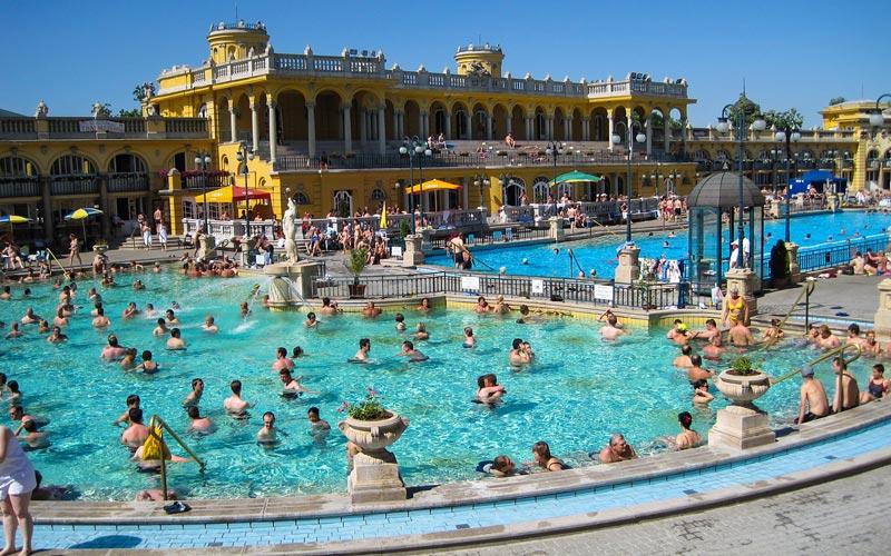 Szechenyi-Thermal-Bath